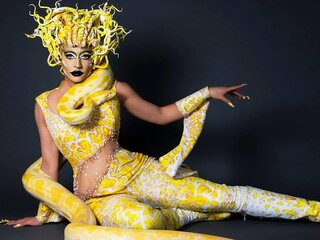 Nude livesex real CarlaHenson