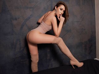 Naked ass shows GiaLeoni